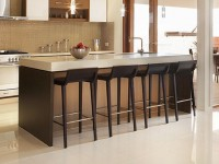 Кухонная столешница из кварца белого цвета